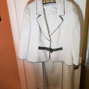 Tahari two piece dress suit